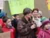 Pani Anna Wojdyła koordynatorka akcji zbieraj makulaturę, ratuj konie w ZS nr 1